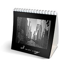 Calendario da tavolo Total black