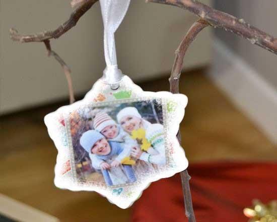Decorazioni natalizie in ceramica con foto