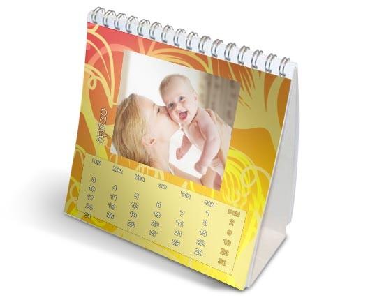 Calendario da scrivania con foto e grafiche