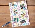 block notes con grafica con bimbi colorati