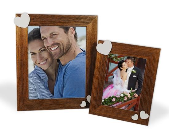 Cornice foto legno cuori bianchi for Cornice foto legno