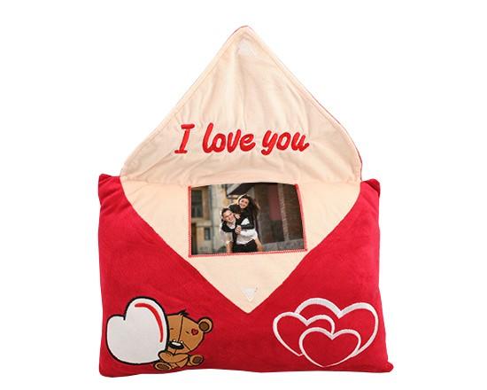 84de1ac2b5 Cuscino lettera personalizzato I love you - Fotoregali.com