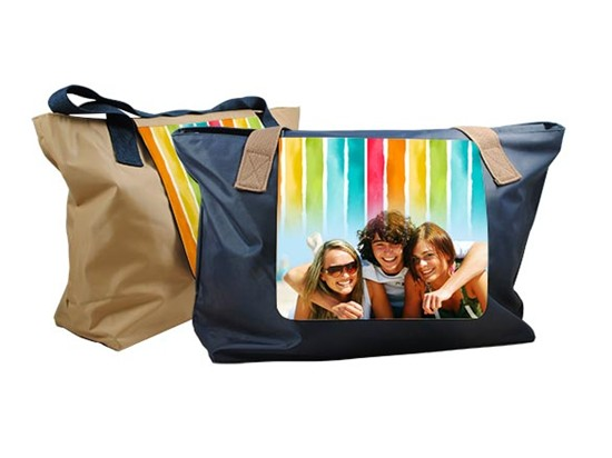Grafica colorata su borsa fashion