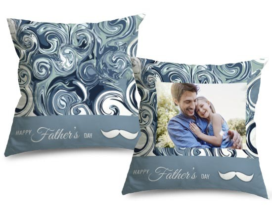 Cuscino in pile con grafica blu
